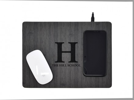 Woodgrain Mouse Pad with Wireless Mobile Charger (14053-01)